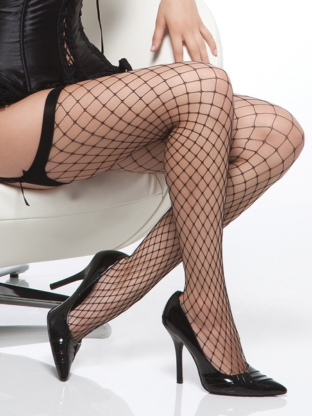 Black Diamond Fishnet Stocking - Coquette